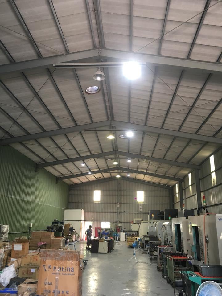 廠房安裝120瓦LED天井燈工程